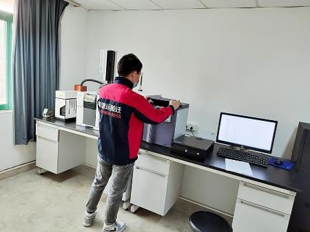搬实验室设备公司