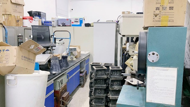 葫芦岛市实验室设备搬迁过程中的突发状况