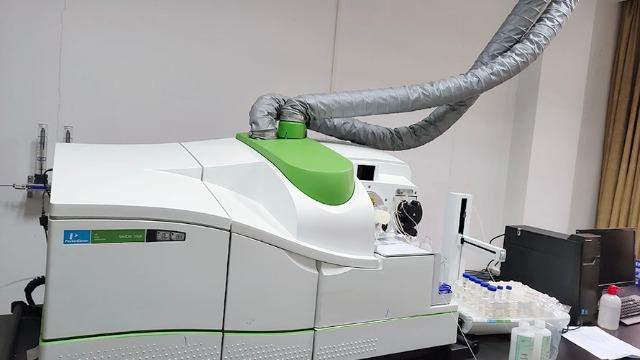 和龙市实验室设备搬迁助力桑参产业的建设