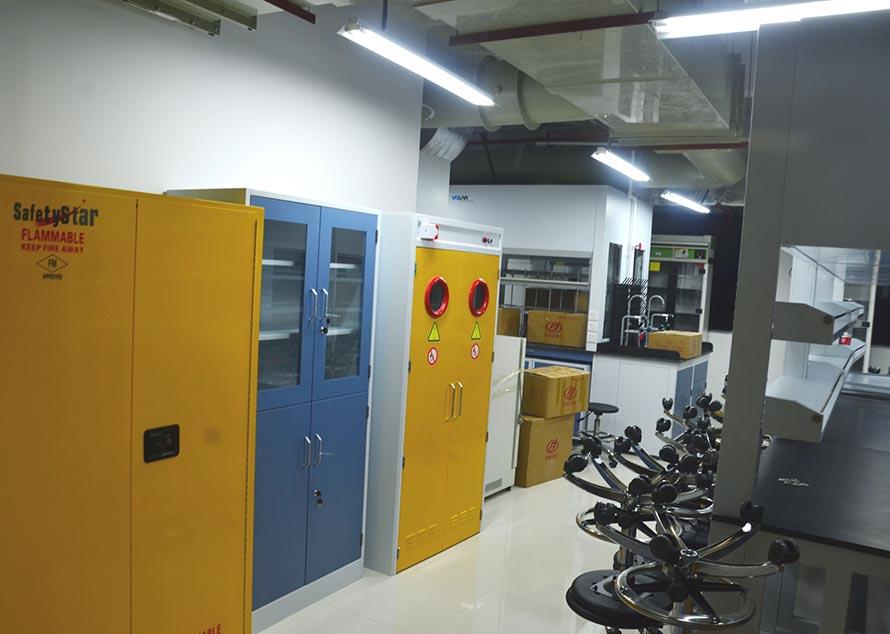 北流实验室设备搬运
