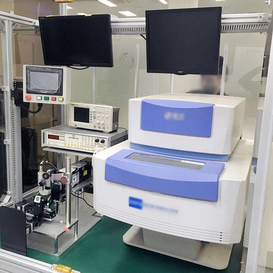 东兴实验室设备搬运